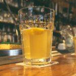 Μεθυσμένοι μαστίγωσαν τον υπάλληλο του μπαρ