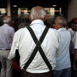 Οργή συνταξιούχων κατά Τσίπρα: «Να φύγει – Πρόδωσε τον ελληνικό λαό»