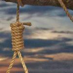 Κρέμασαν λαθρομετανάστη σε δέντρο στη πλατεία Κλαυθμώνος