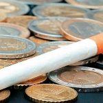 Τιμές ΣΟΚ στα τσιγάρα! Ρουφηξιά και κέρμα