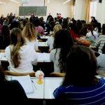 Υπογραφές μαζεύουν οι φοιτητές για διπλή εξεταστική στο Πάντειο Πανεπιστήμιο