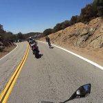 Κι όμως ποδήλατο προσπέρασε μοτοσυκλέτες σε δρόμο στις ΗΠΑ